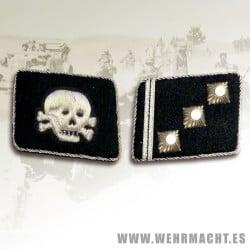 SS-Obersturmfuhrer Rune collar patches, Totenkopf