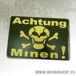 """""""Achtung Minen"""" Sing, Green"""