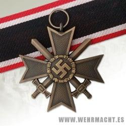 Cruz de merito de guerra 2ª clase con espadas
