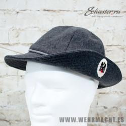 Dress cap for DRK nurse