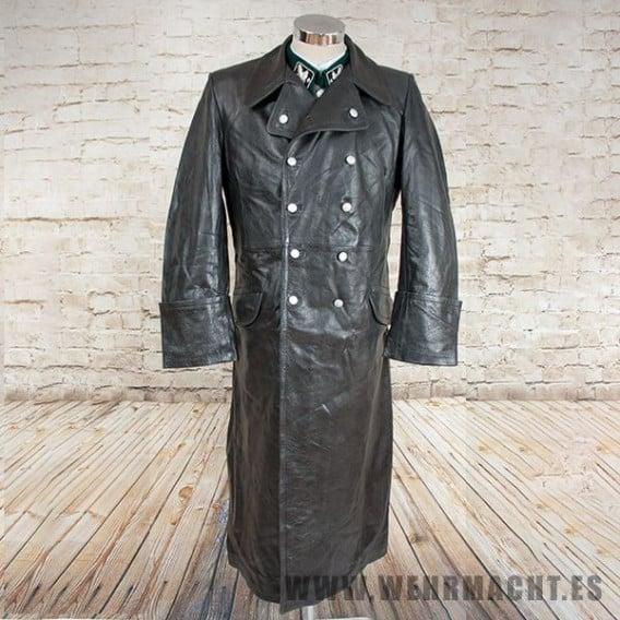 Abrigo de piel para oficiales de las Waffen SS