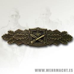 Army Close Combat Clasp in Bronze